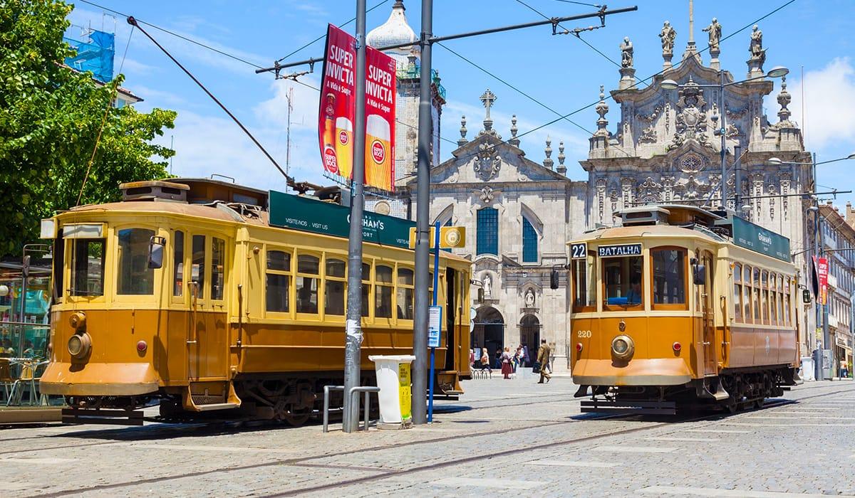 Staré tramvaje v ulicích Porta