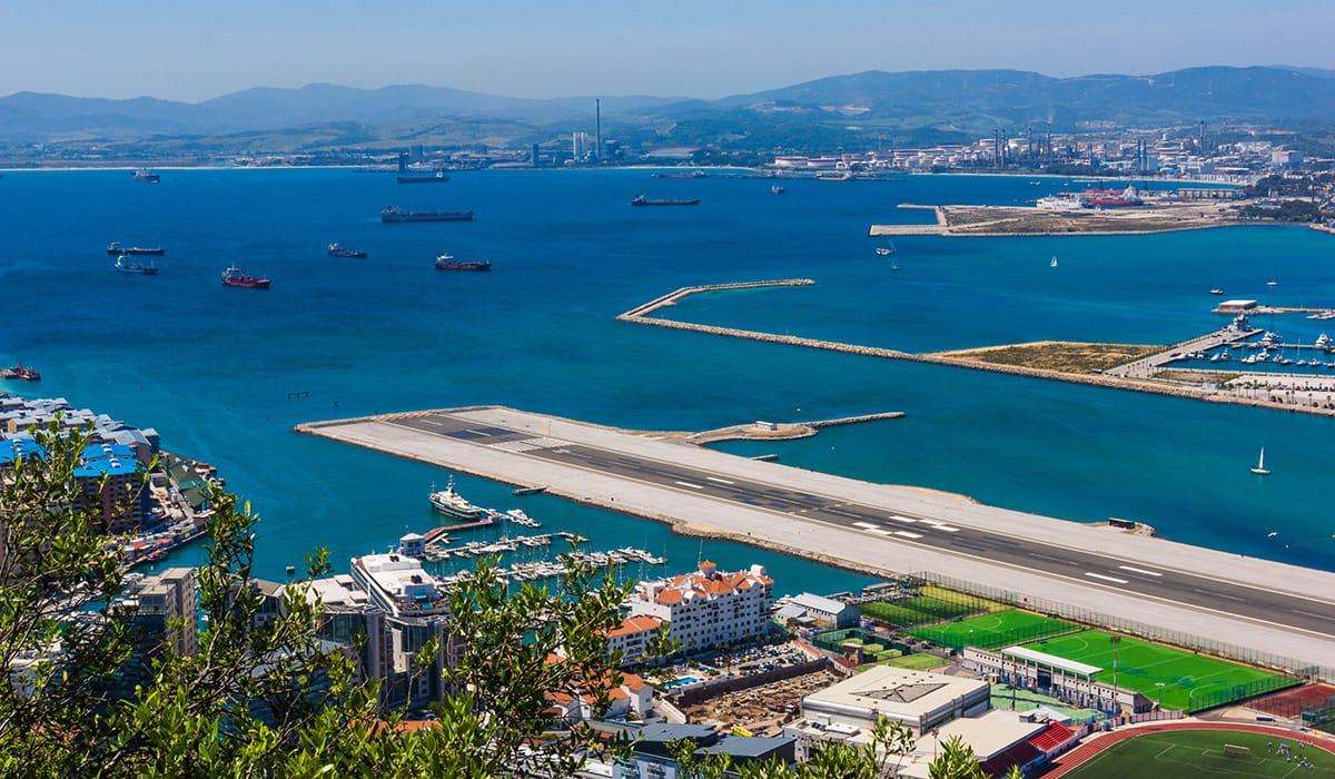 Foto: © ewastudio   Gibraltar Airport