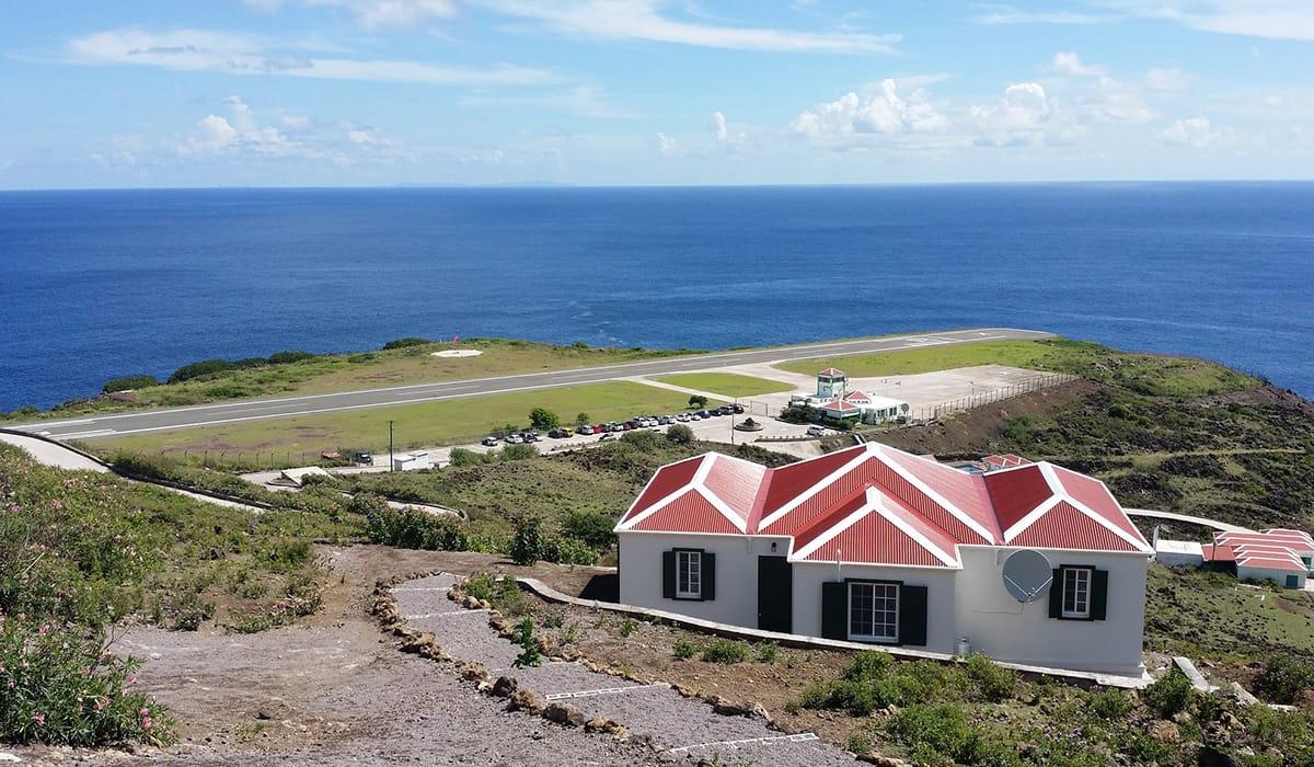 Foto: © Traveling Jubba's   Juancho E. Yrausquin Airport, Saba