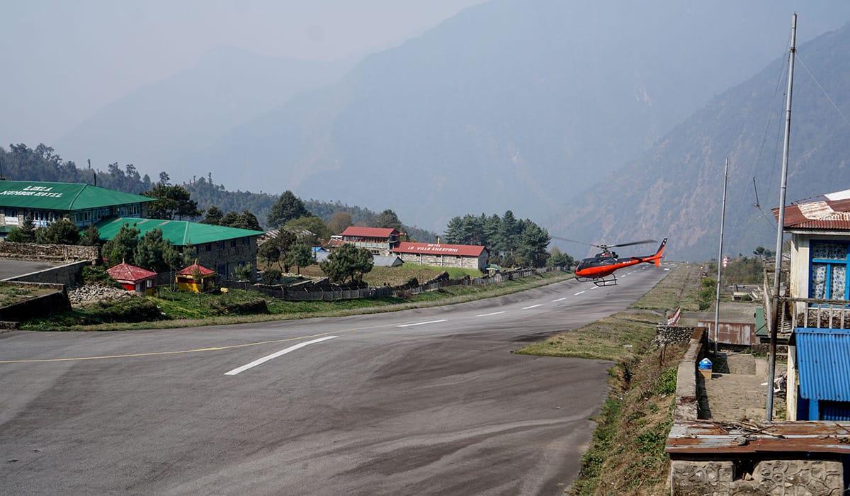 Foto: © Scott Biales   Nepál - Tenzing-Hillary Airport