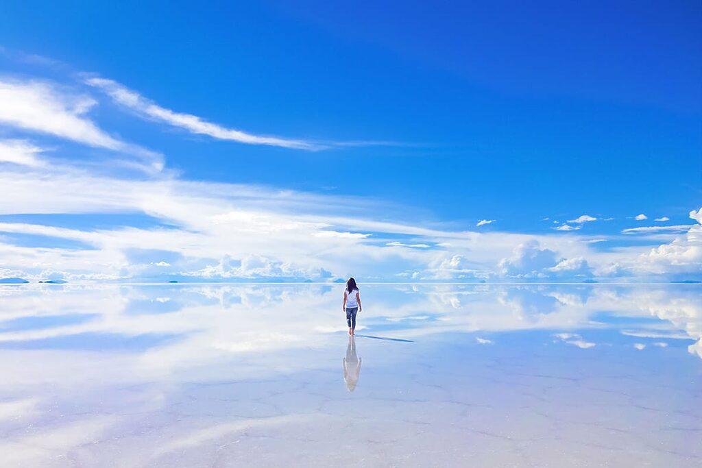 Salar de Uyuni 10 úžasných míst na planětě Zemi