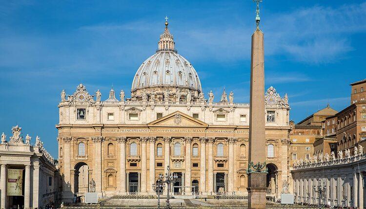 Bazilika svatého Petra - 10 nejvyšších katolických kostelů a katedrál světa