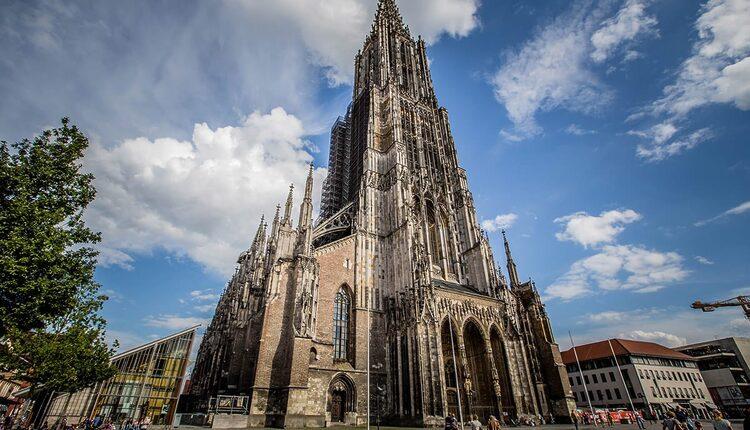 Katedrála v Ulmu - 10 nejvyšších katolických kostelů a katedrál světa