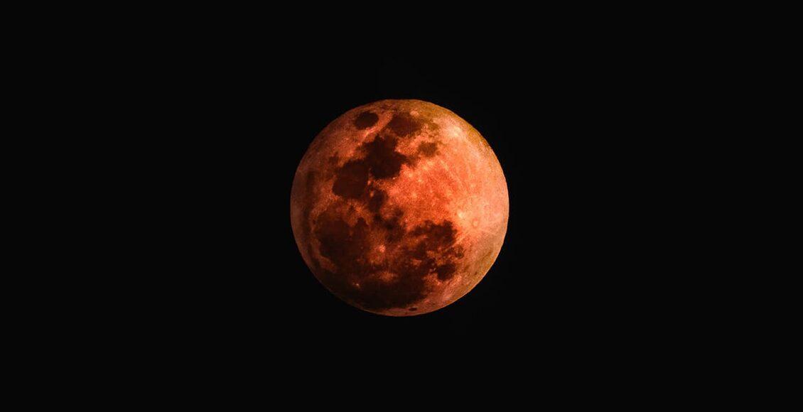 Zatmění Měsíce – nad Českem se objeví Krvavý Měsíc