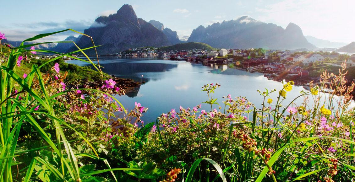 Norsko - petrobarevný svět fjordů, polární záře a nádherné přírody