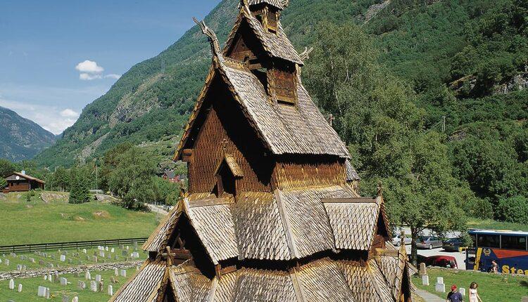 Stavkirke v Borgundu