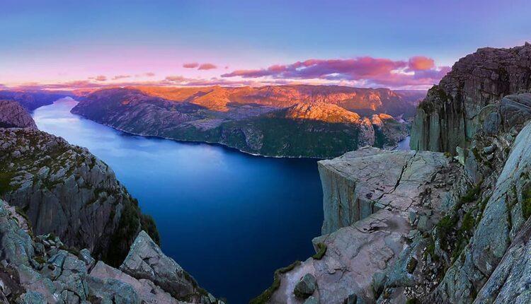 Vyhlídka Preikestolen - 604 metrů nad modrou hladinou Lysefjordu v Rogalandu / foto: © Paul Edmundson