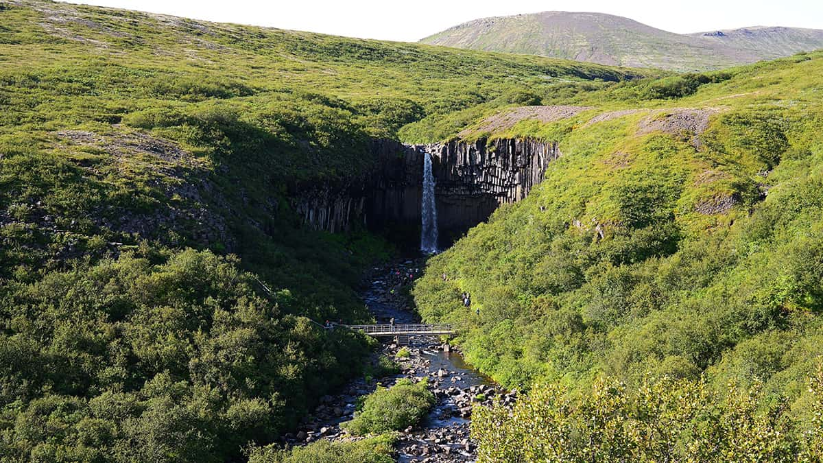Svartifoss - 10 nej vodopádů Islandu