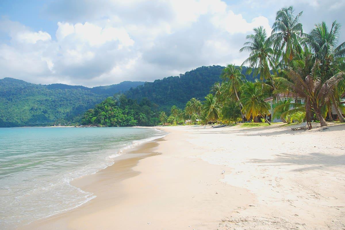 Pláže na Tiomanu