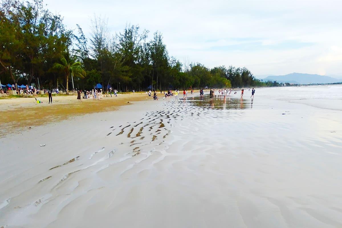 Pláž Tanjung Aru